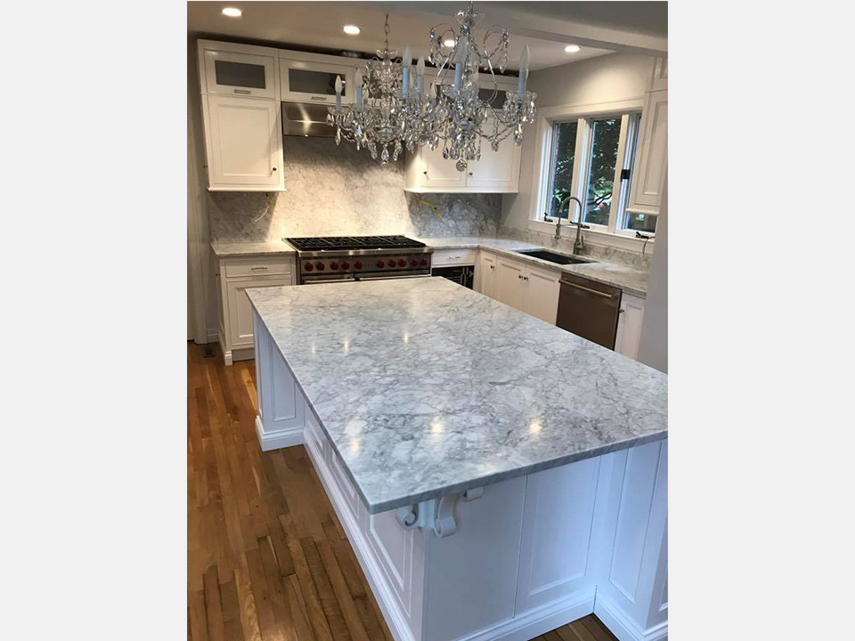 Superbe And Since Granite Countertops Are Composed Of Many Different Minerals, Such  As Quartz, Mica, Feldspar, Hornblende, And Biotite, Many Different Designs  And ...
